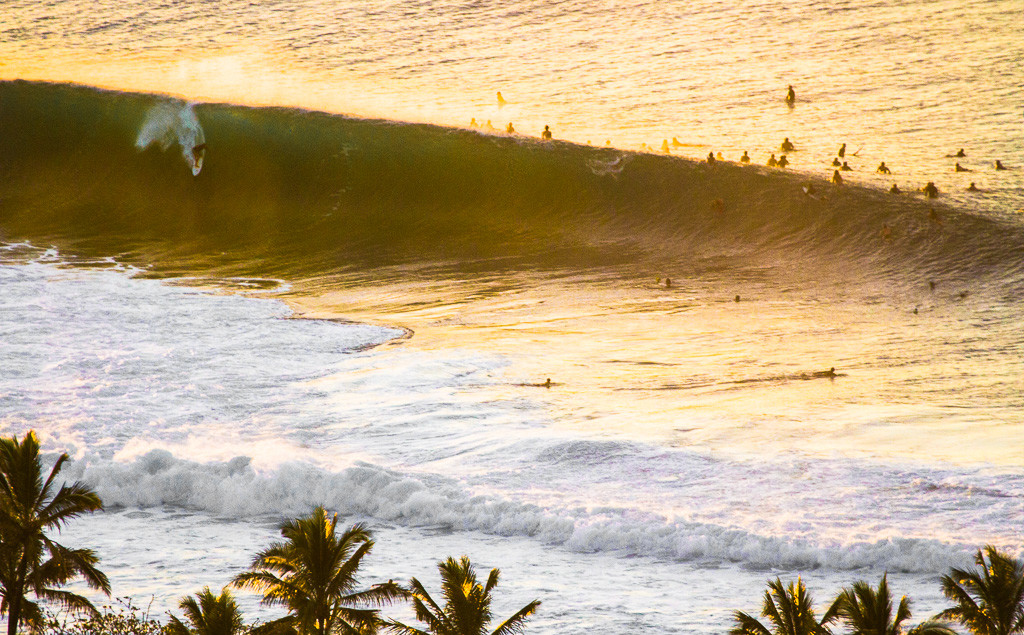 pipeline-surf-hawaii-3