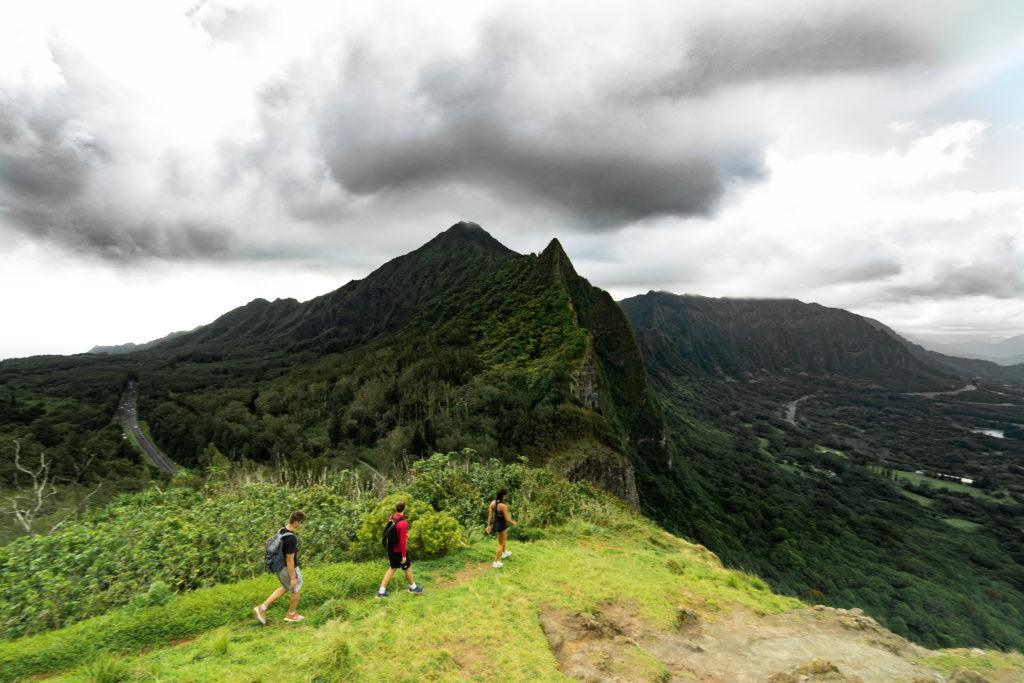 pali notches first lookout