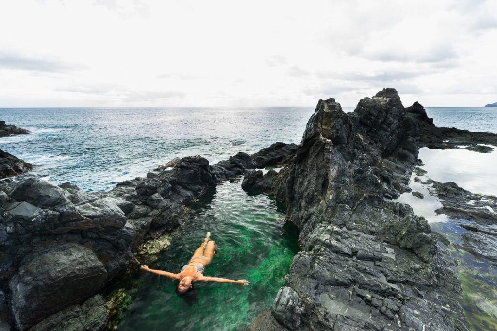 yoga mokulua islands