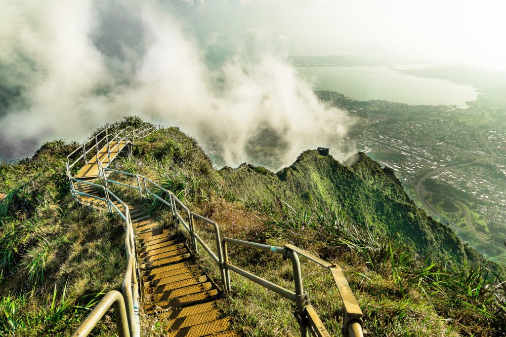 hikes on oahu, oahu hiking, oahu hikes,hikes in oahu, hikes in hawaii, best hikes oahu, oahu trails , best oahu trails, short oahu trails, short hikes oahu, stairway to heaven