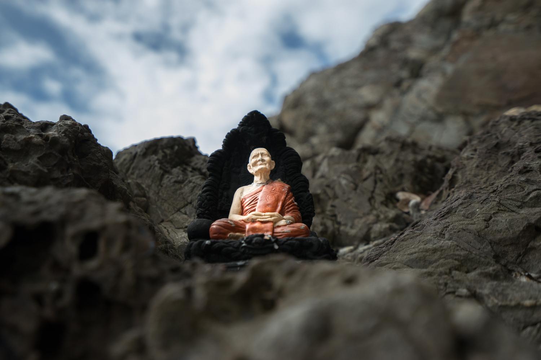 koh samui, koh samui beach, koh samui cave, koh samui monk, buddhist monk cave, ko samui, ko samui beach, ko samui cave, ko samui hidden spot, koh samui sceret spot
