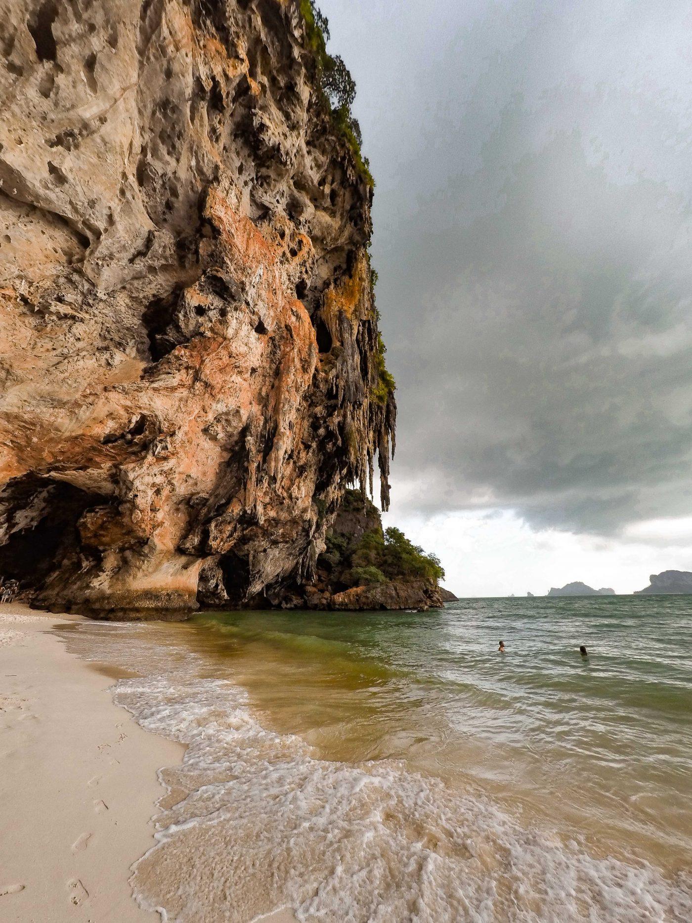 ao nang, railay beach viewpoint, ao nang hiking, ao nang backpacking, railay beach