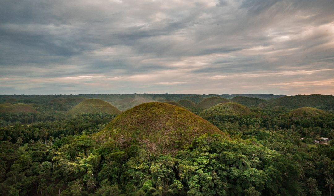 chocolate hills tagalog,chocolate hills facts,chocolate hills entrance fee,chocolate hills adventure park,chocolate hills wonder of the world, things to do bohol, bohol tourist spots,