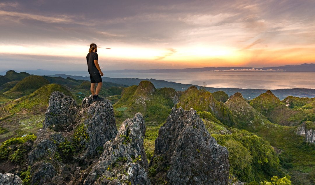 Osmena peak, osmena peak to kawasan falls, osmena peak cebu map, osmena village, hikes in cebu, hiking cebu, hiking alegria, hike alegria, hiking kawasan, hike kawasan, osmena dayhike, osmena day-hike, osmena peak budget, osmena peak blog, osmena peak cebu, osmena peak map