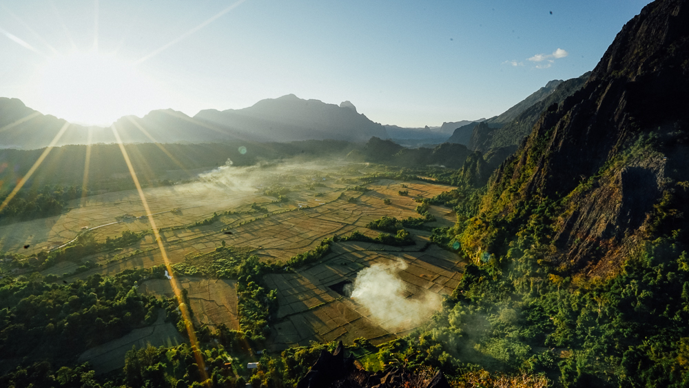 HIKING IN VANG VIENG TO A BEAUTIFUL...