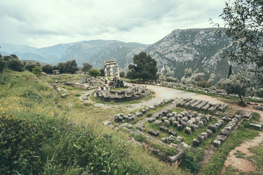 temple of apollo at delphi, sanctuary of apollo, the sanctuary of apollo, delphi greece, delphi oracle, delphi ancient greece