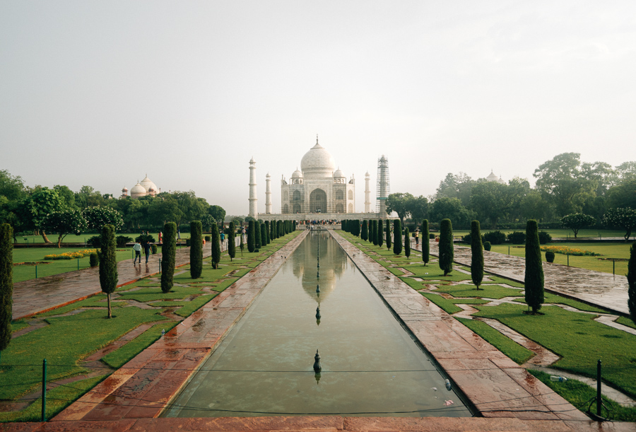 9 awesome places to visit in agra in one day journey era for Awesome places to vacation