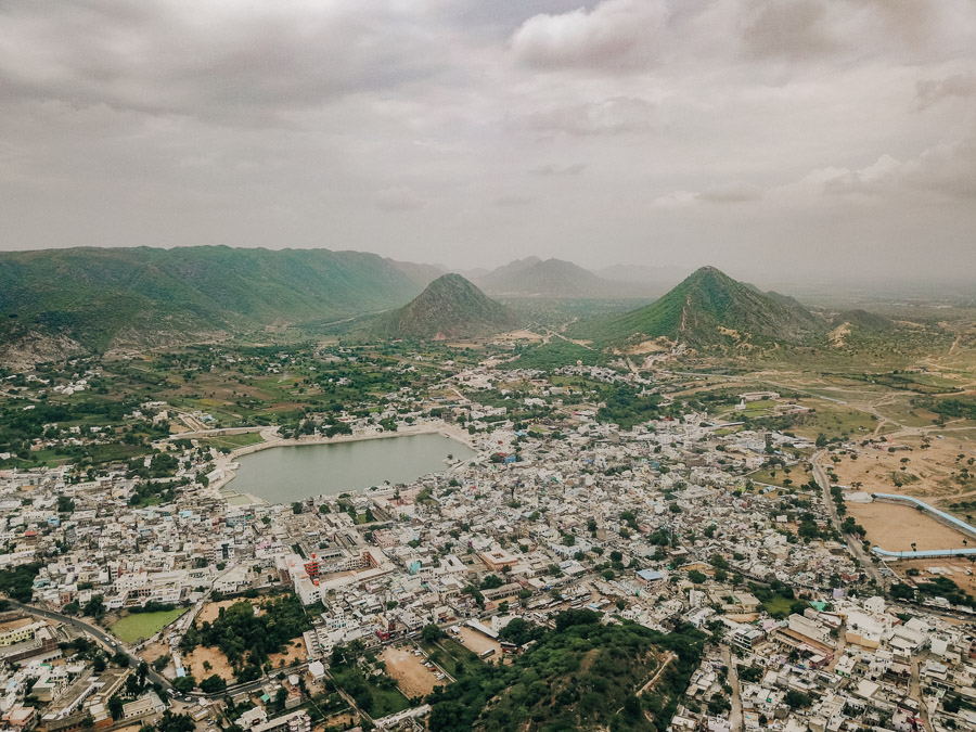 THINGS TO DO IN PUSHKAR PLACES TO VISIT IN PUSHKAR, PLACES TO SEE IN PUSHKAR, VISITING PLACES IN PUSHKAR, WEATHER IN PUSHKAR, PUSHKAR TOURIST PLACES, WHAT TO DO IN PUSHKAR, BEST TIME TO VISIT PUSHKAR,