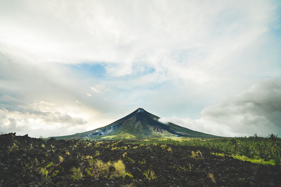 IMAGES OF MAYON VOLCANO