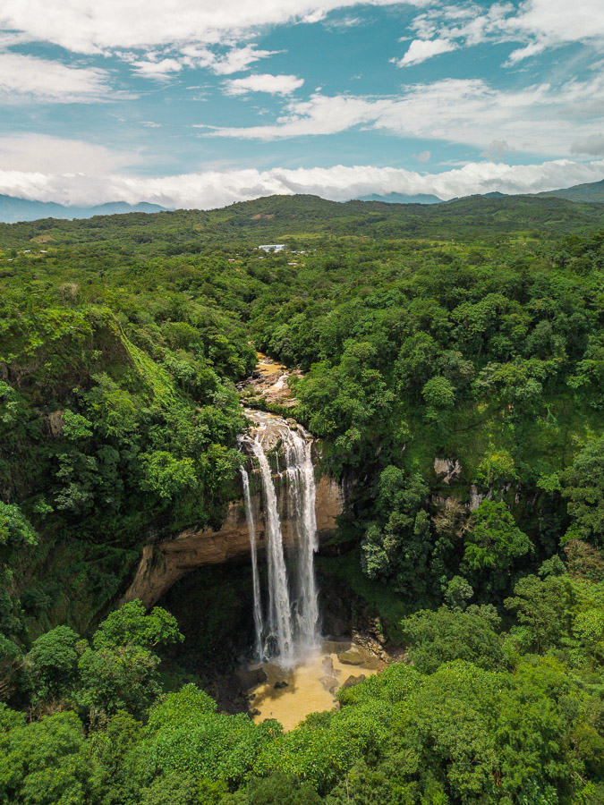 kiki waterfall romelio waterfall chiriqui panama