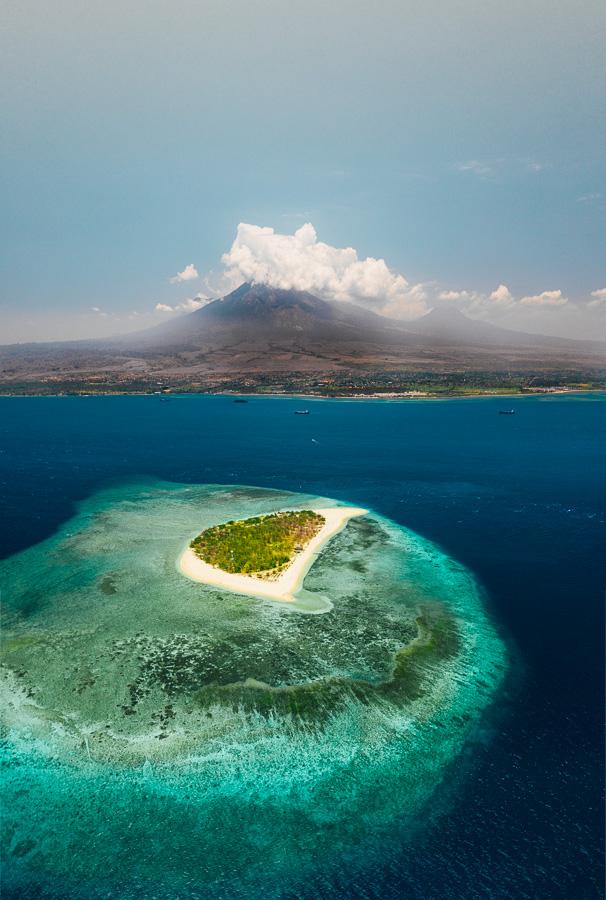 tabuhan island menjangan island east java