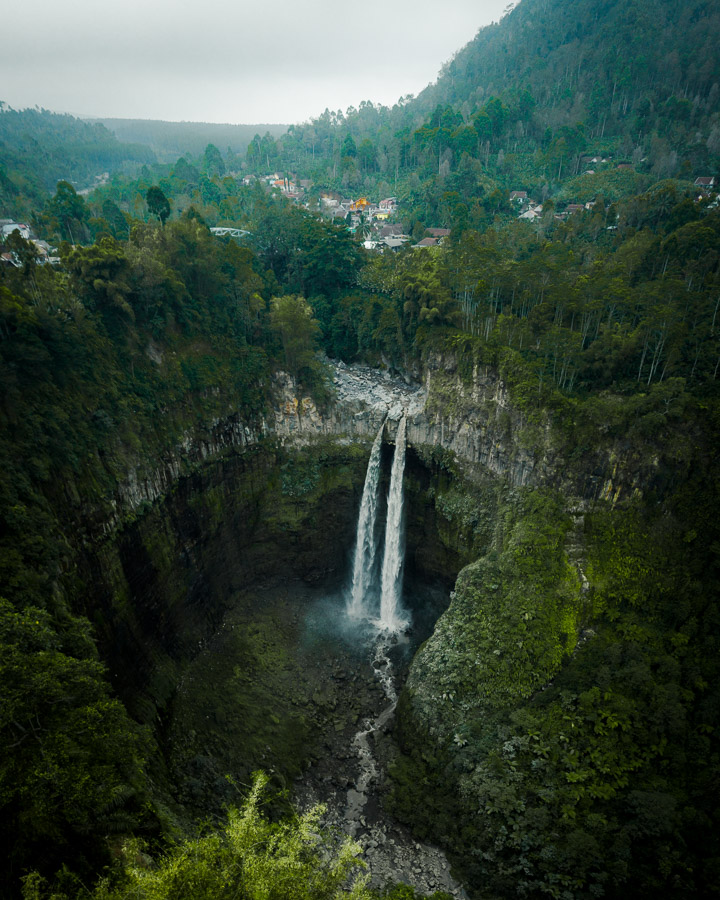 COBAN SRITI WATERFALL KAPAS BIRU WATERFALL