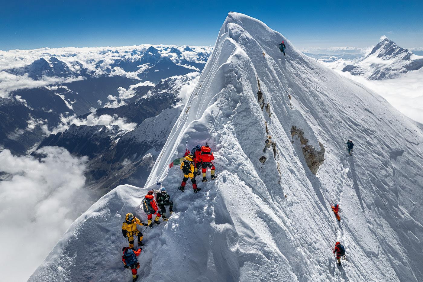 CLIMBING MANASLU MOUNTAIN (8163M) IN NEPAL