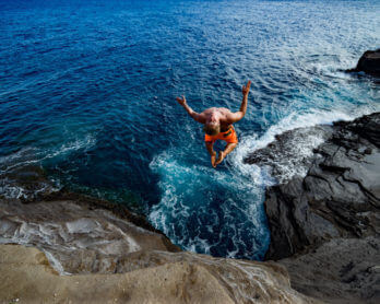11 BEST CLIFF JUMPING SPOTS ON OAHU, HAWAII